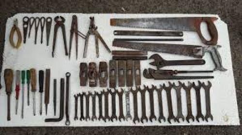Куплю из дома кладовки горожа инструменты а также 951708505